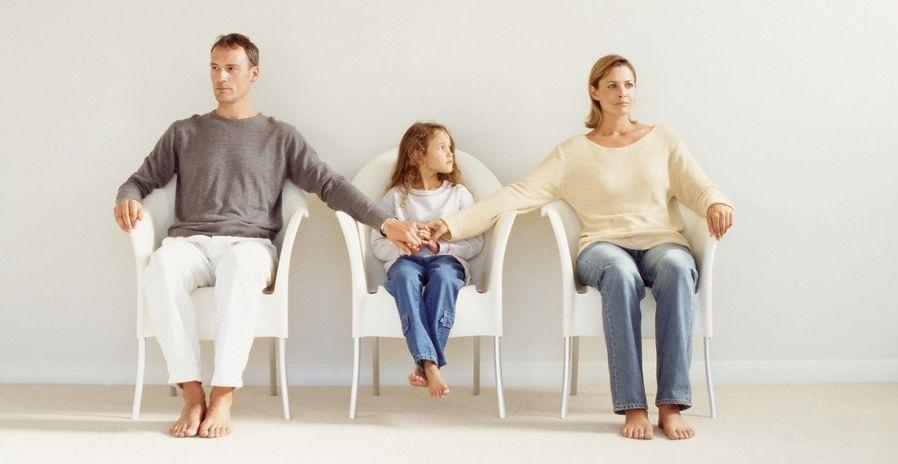 s-kem-ostayutsya-deti-pri-razvode-roditelej-v-rossii