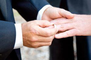 odnopolye-braki-v-rossii-razresheny-ili-net